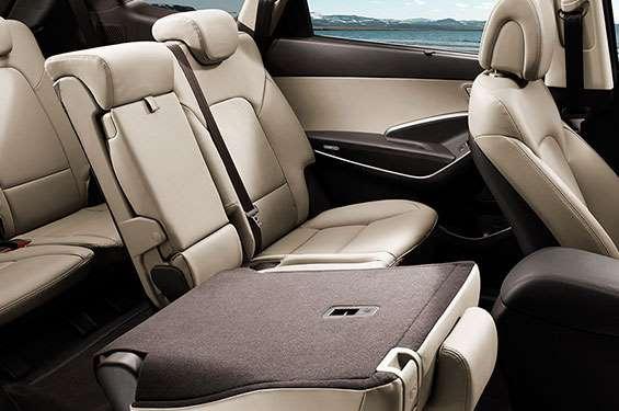 Hyundai Grand Santa Fe - фото 3