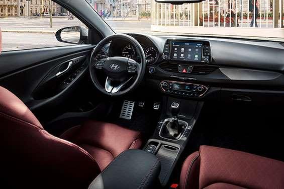 Hyundai i30 Fastback - фото 4