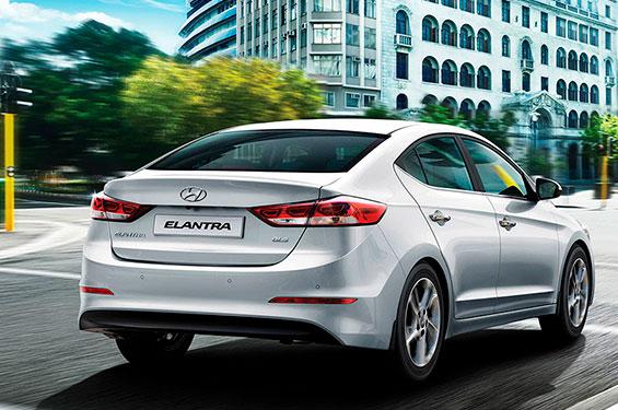 Hyundai Elantra - фото 4