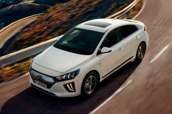 Hyundai IONIQ Electric - фото 1