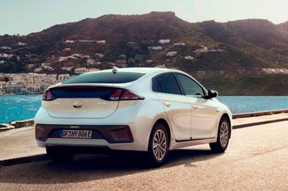 Hyundai IONIQ Electric - фото 4