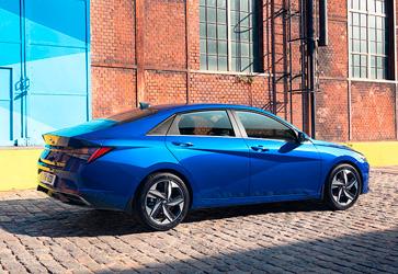 Спортивный дизайн  - Hyundai Elantra New